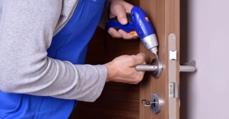 door repair in Mississauga